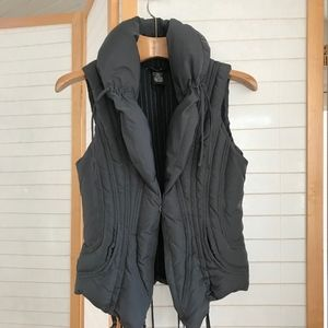 Arden B. Small Down filled grey poly puffer vest